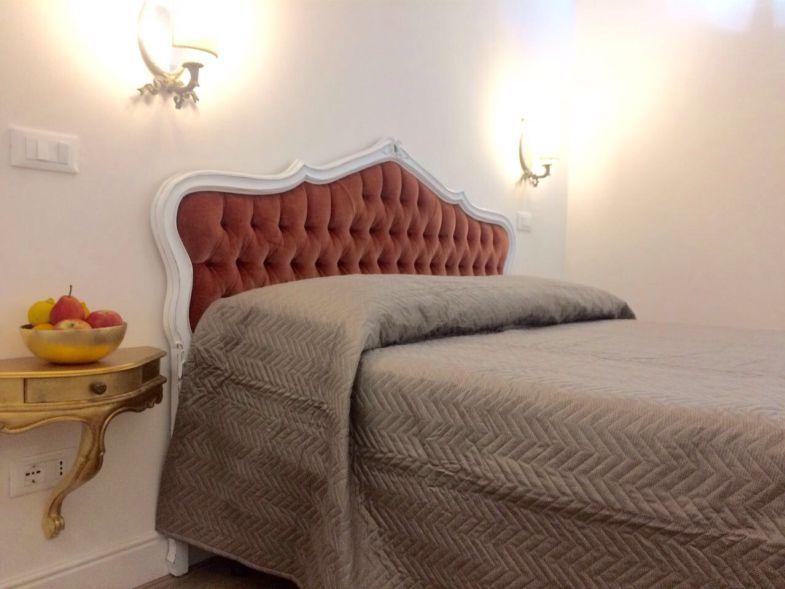 offerta soggiorno romantico-Promozione camere letto particolari Verona B&B Il Violino