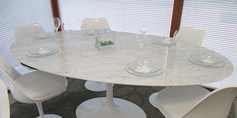 Occasione Tavolo Tulip - OFFERTA tavoli Saarinen Marmo Carrara - made in Italy