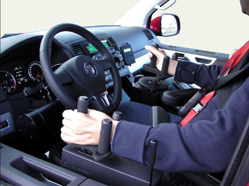 Offerta corsi di guida disabili - Promozione guida persone sordomute - Formula 2000