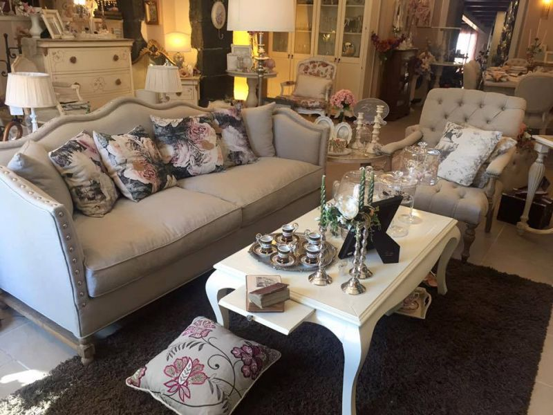 Soggiorni, salotti, divani e poltrone in stile shabby da... - SiHappy