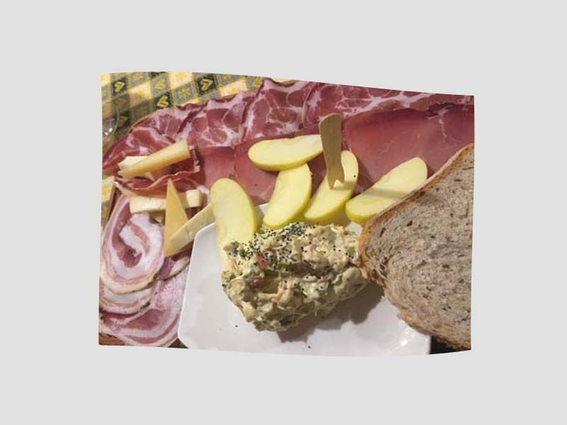 Offerta tagliere a Belluno - Promozione cucina internazionale a Belluno - Ristorante La Nicchia