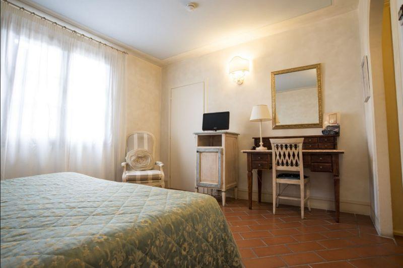 Hotel il Poeta Offerta Camere parcheggio e wi-fi gratuito Pisa - offerta hotel in toscana