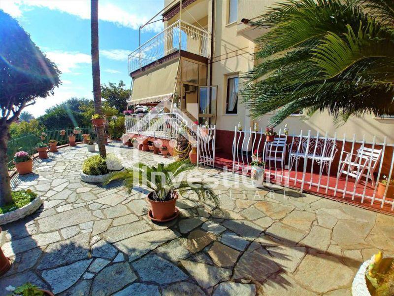 offerta vendita trilocale con giardino pietra ligure - occasione trilocale via Alberti 30