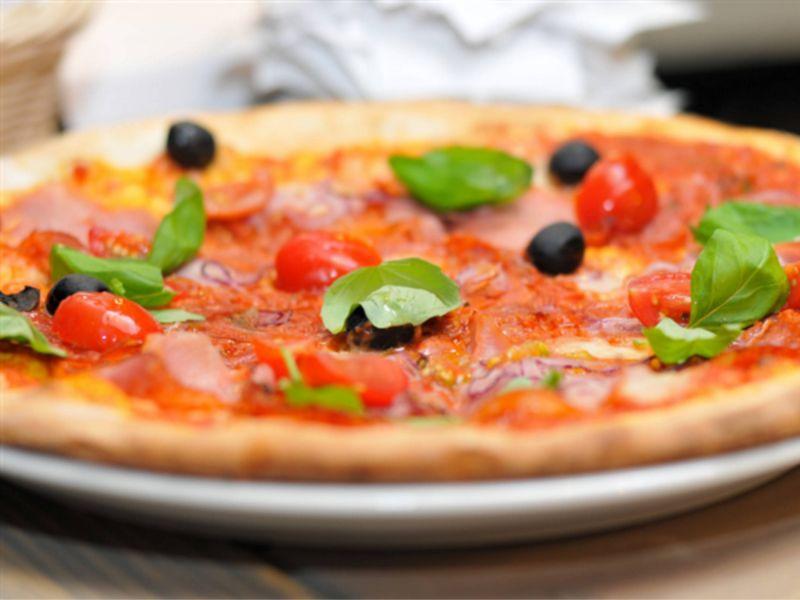 offerta pizza con forno a legna - promozione ricette tipiche pordenone